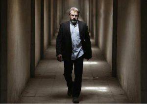 Bedoone-Tarikh-Bedoone-Emza-Amir-Aghee-300x213 دانلود فیلم بدون تاریخ بدون امضا